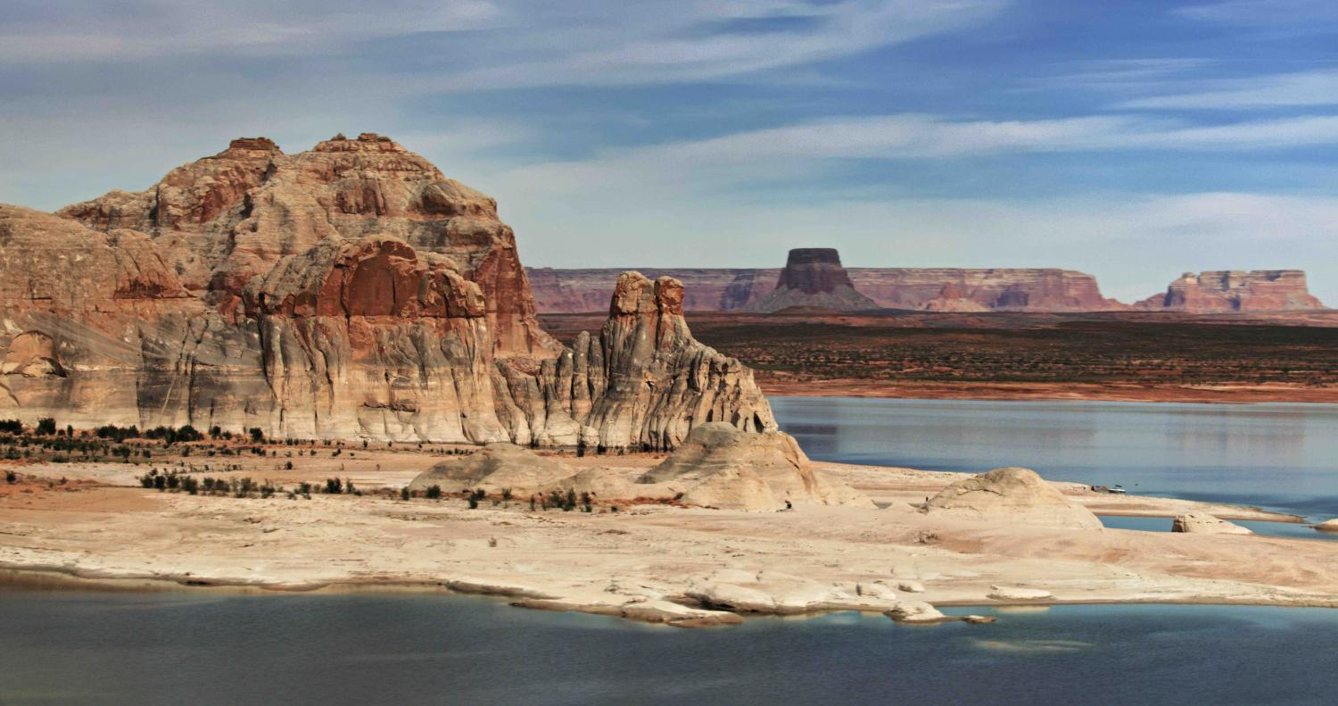 """LAKE POWELL"" WAS THE LOCATION FOR THE FILMING OF ""THE FIRST PLANET OF THE APES FILM"" IN 1963, WITH CHARLTON HESTON.... TO SAY THAT THIS WHOLE AREA IS LIKE ANOTHER WORLD IS AN UNDERSTATEMENT! - COPYRIGHT STEVE QUAYLE"
